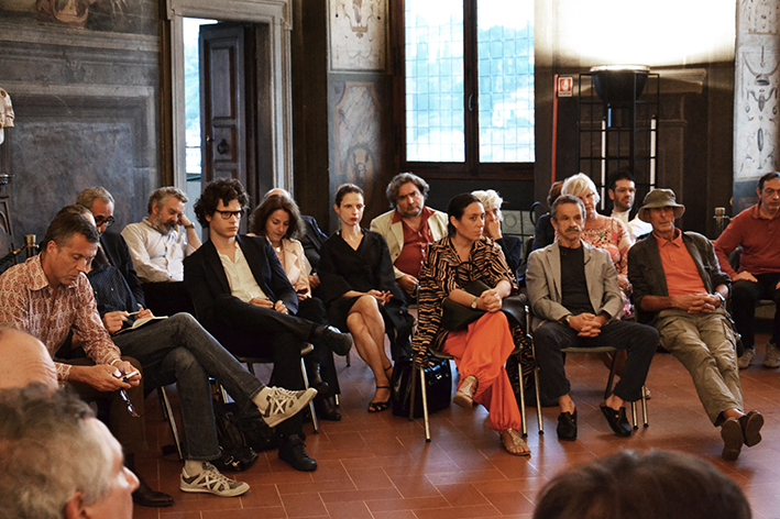 discussing with the protagonists of culture in Florence